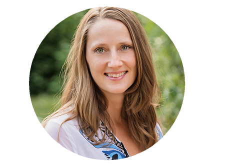 Emmy Vadnais is a holistic occupational therapist who helps fellow therapists start their own practices.